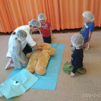 07 Na operačním sále